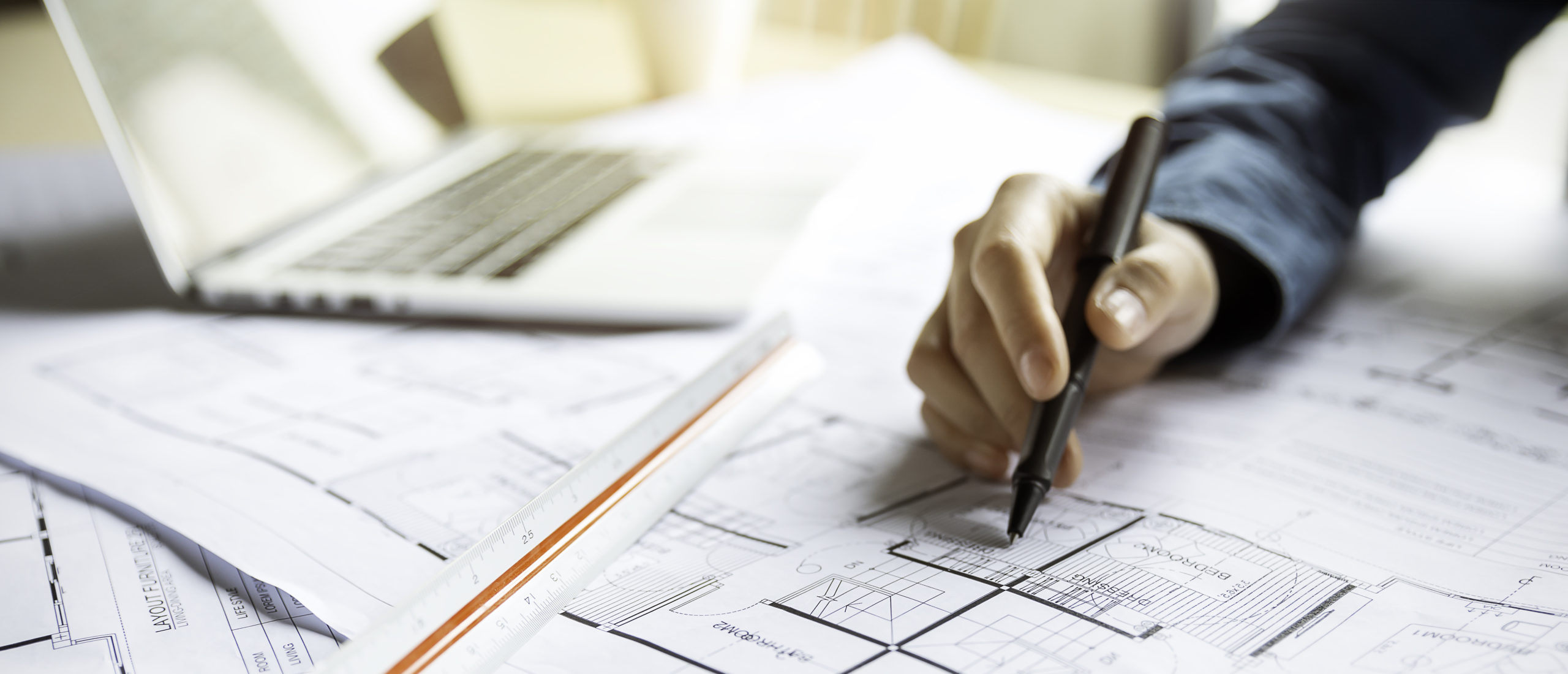 一級,二級の建築士事務所の新規,更新、登録申請と変更届